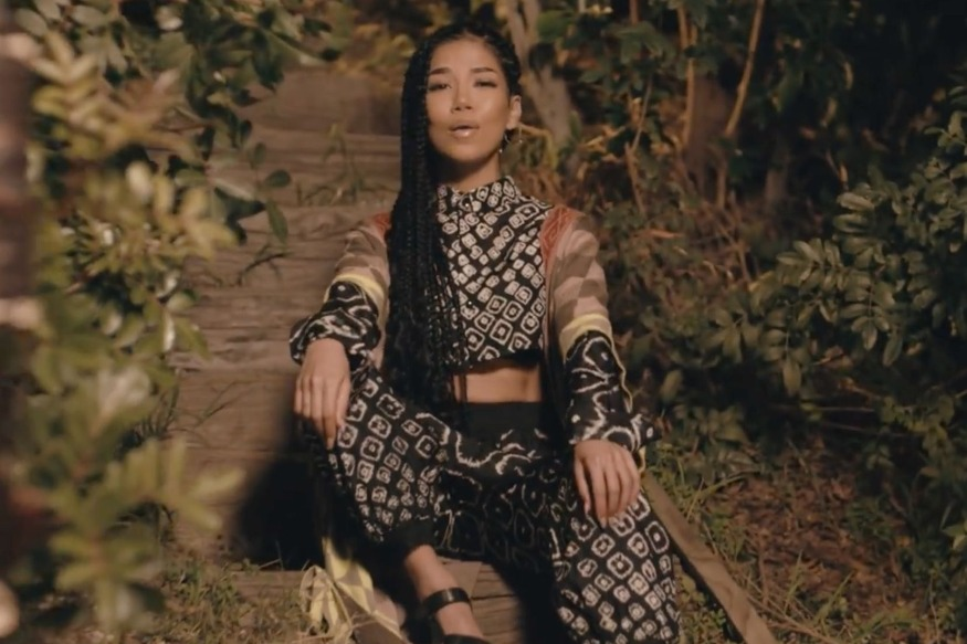 "Jhené Aiko: le clip ""Happiness Over Everything"" avec Miguel et Future"