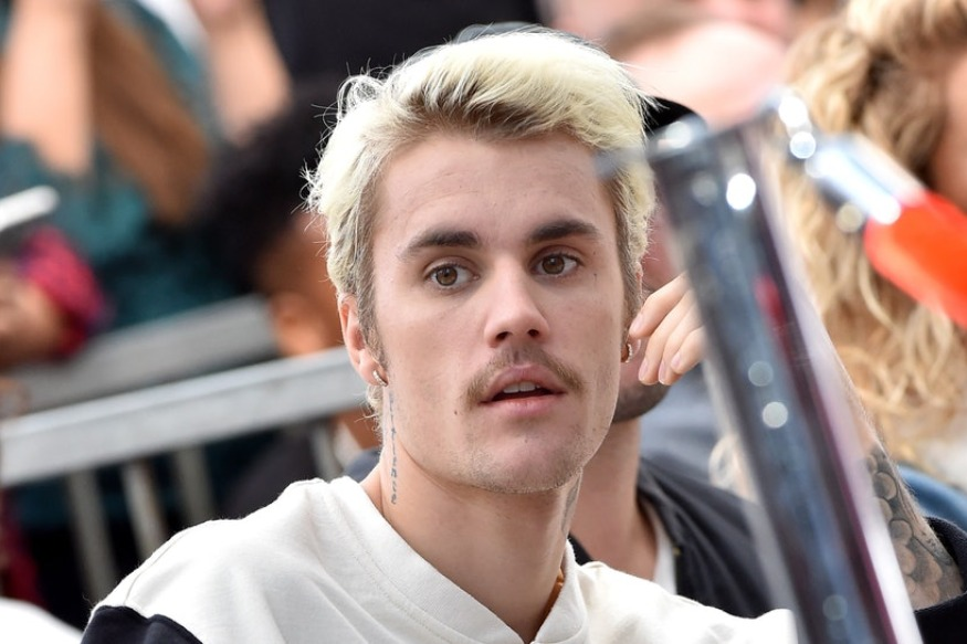 "Justin Bieber: les clips ""Habitual"" et ""All Around Me"""